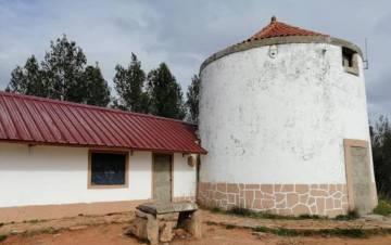 El molino-refugio de los 'boy scouts' de Setúbal.